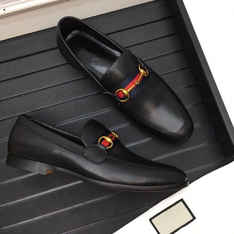 hakiki deri daireler Marka Moda Parti Elbise Ayakkabı Chaussure Homme büyüklüğü 38-44 yılan derisi üzerinde kayma 2019 Erkekler Casual Biçimsel İş Oxfords