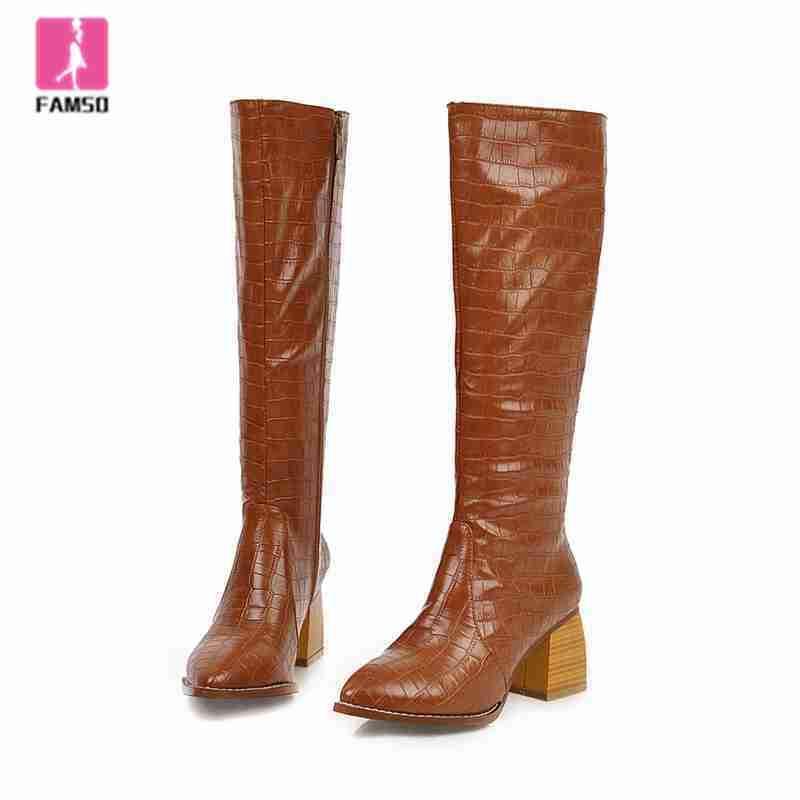 FAMSO 2019 Обувь Женщины Boots Печать Толстые каблуки сапоги до колен Размер 34-43 Winter снегоступы