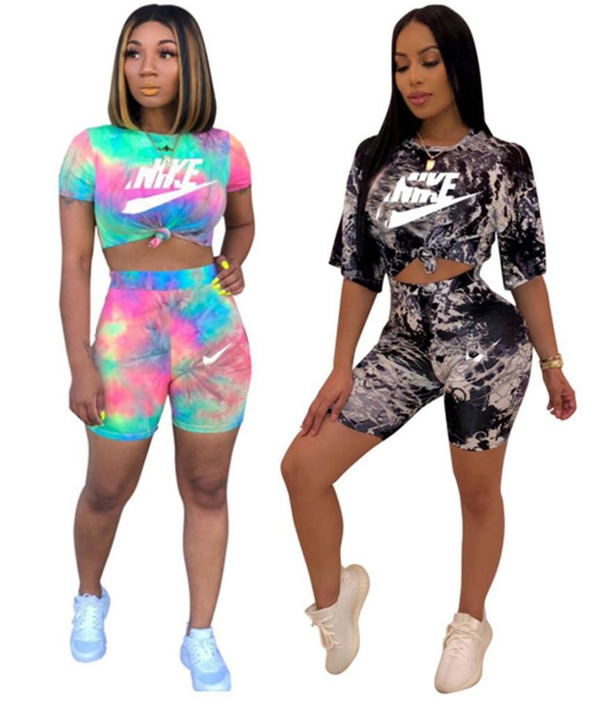Sulla vendita Estate manica corta donne pantaloncini T-shirt a due pezzi abiti casual sport vestito nero a manica corta di abbigliamento sportivo jogger tuta 2633