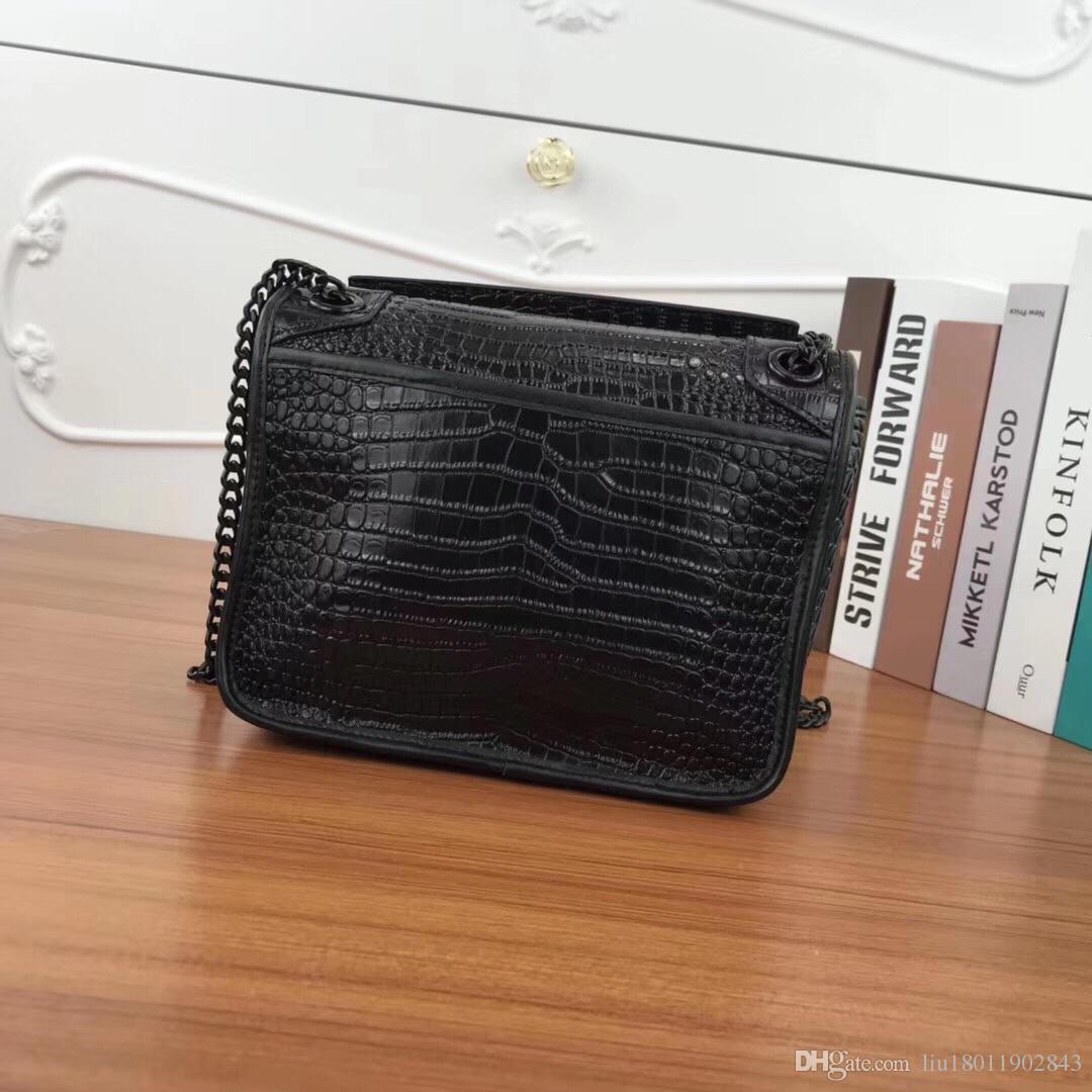 Designer's classic high quality Black letter handbag,Crocodile design cowhide chain bag,Black hardware bag,23cm girl real leather bag 1819