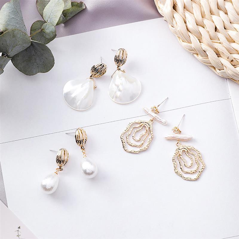 Frauen-koreanische Art-Perlen-Ohrringe-Perlen-modische Ohrringe Mode dekorative Tropfen-Ohrring stilvolle Anhänger