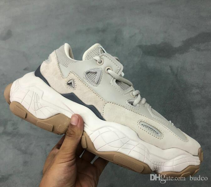 2020 2019 Low Old Dad Sneakers