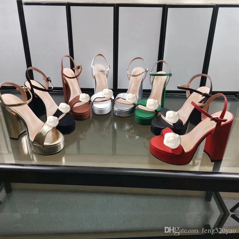 Designer Sandales à talons Plateforme imperméable Chaussures de luxe pour femmes en cuir avec talons rugueux Boucle en métal pour fêtes et banquets Sandales sexy 42
