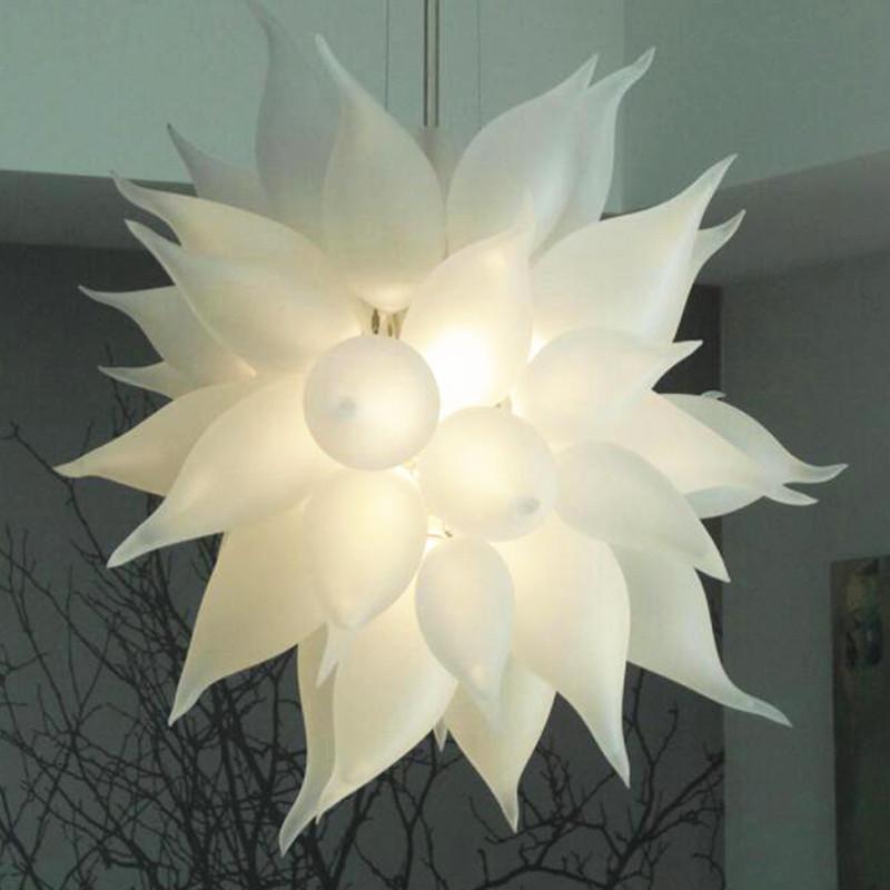 الحديثة الثريا الإضاءة 110-240V لمبات LED 24 بوصة سلسلة قلادة الإضاءة المركزية الزفاف اليد في مهب زجاج آرت ديكو ضوء مصباح
