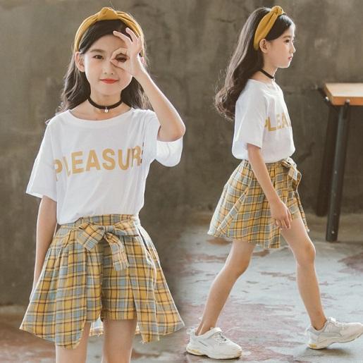 Девушка дизайнерские комплекты одежды Детские летние бренд писем печатают футболки + клетчатые юбки две части девушки роскошь милая одежда наборы горячей продажи