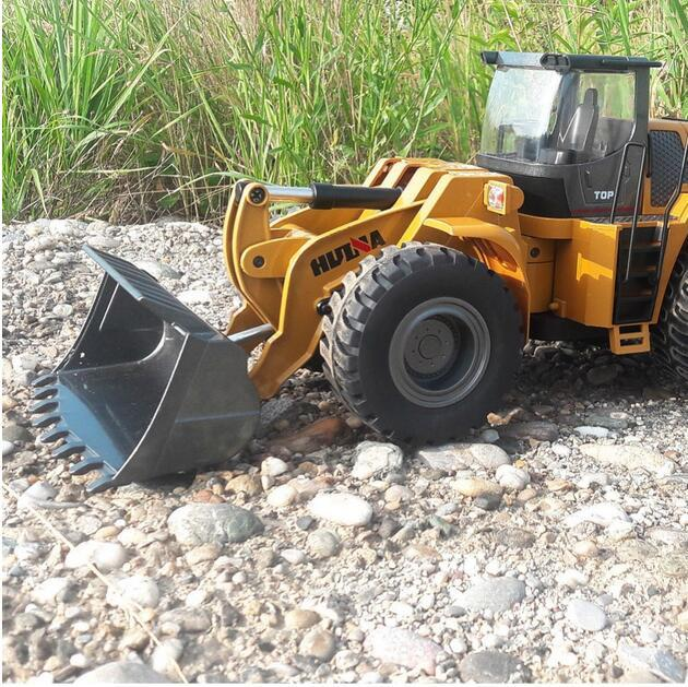 Huina 583 2 4g 1 14 Rc Electric Truck Remote Control Model Excavator Engineering Vehicle Alloy Bulldozer For Kids Gifts Large Rc Cars Rc Trucks And Cars From Juanjuan885 15 29 Dhgate Com