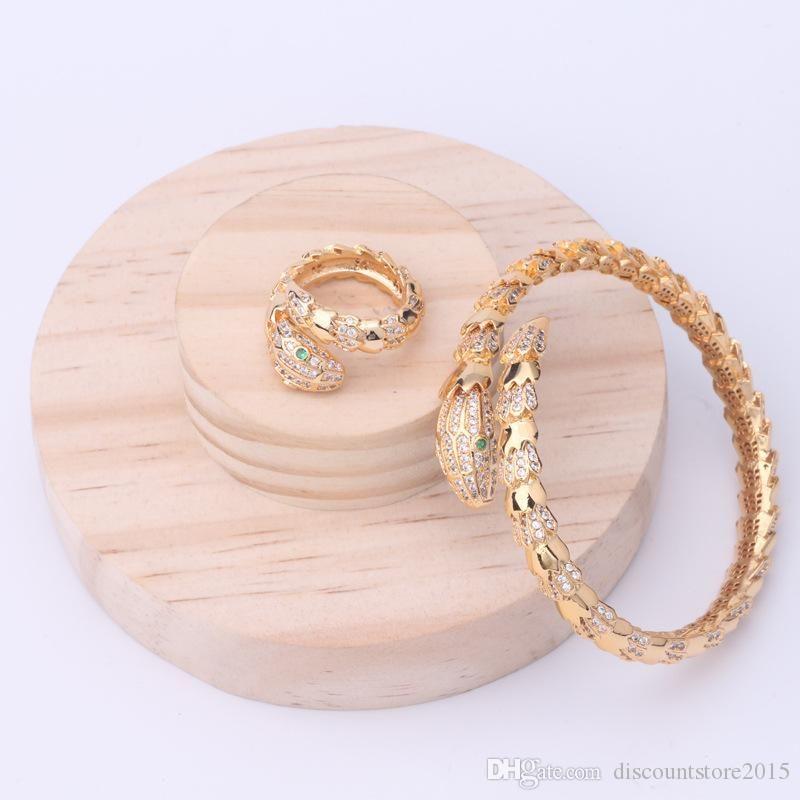 Moda marca de jóias Define Lady Bronze Glossy Superfície Círculos espaçamento único diamante Serpente Serpente 18K de noivado de ouro Pulseiras Ring 3 Cores