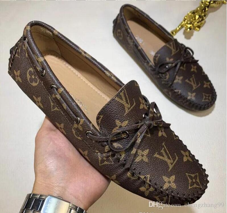 Nuevos hombres calientes ocasionales de fondo plano Lok Fu zapatos diseñador de moda guisantes zapatos clásico moda antigua zapatos de conducción size38-44