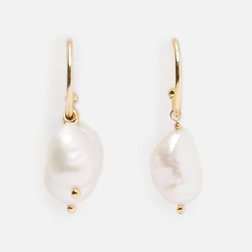 Pendientes de Dvacaman ZA Shell perla cuelgan Boho geométrica de metal color oro que cuelgan la joyería del banquete de boda pendientes del verano 2020