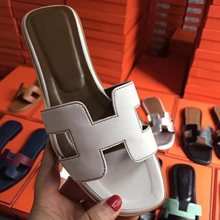2020 yeni Terlik Sandalet Düz ayakkabı Gerçek deri Slaytlar En İyi Kalite Terlik Sandalet 35-40