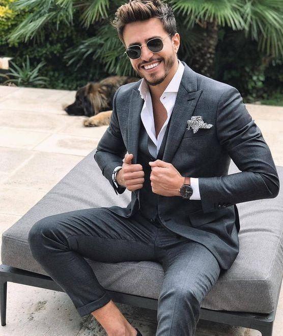 изготовленный на заказ темно-серый костюм Мужчины 2019 Slim Fit Смарт Повседневный Business Формальное Пром Blazer Jacket 3 шт Свадебный Groom Tuxedos