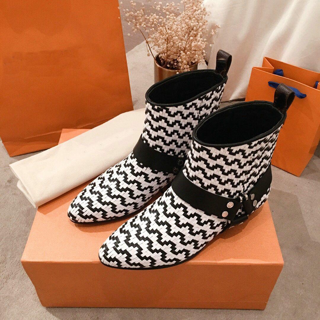 Sıcak Satış-Kadınlar Deri Bilek Boots Tasarımcı Metal Toka Kadınlar Boots Siyah Kayma-On High Top Düz Boots Lüks Deri heyecan ayak bileği çizme