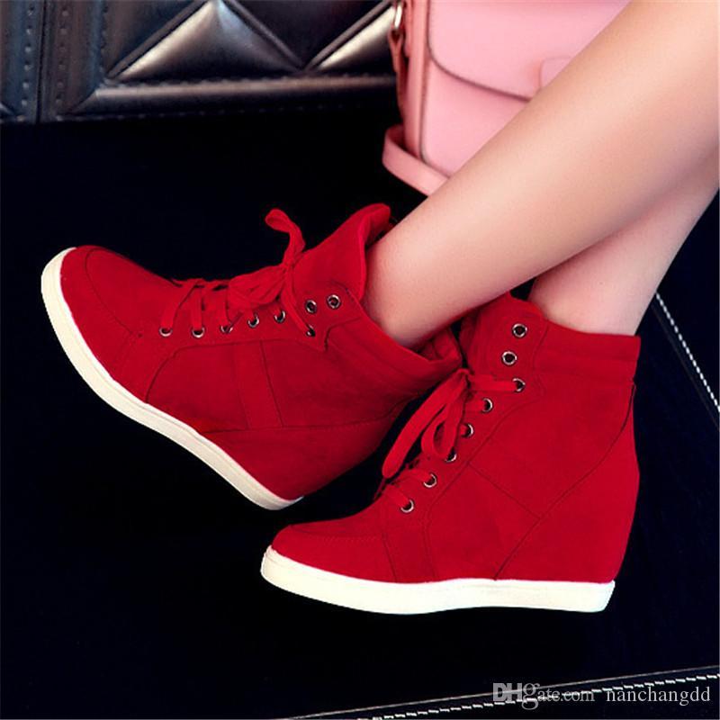 Botas de mujer de primavera Botas de plataforma de cuña de cuero de gamuza sintética Zapatos de tacón oculto Zapatos casuales de tacón alto para mujer Bota de tobillo