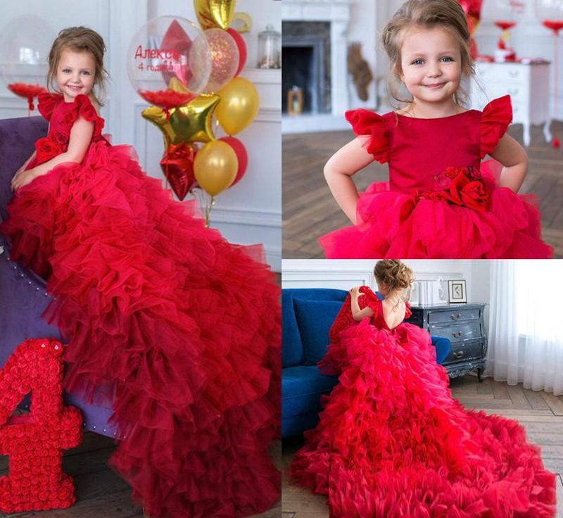 Red Mädchen-Festzug-Kleider Tulle Tiered Röcke Jewel Ausschnitt Kappen-Hülse handgemachte Blumen-Mädchen-Kleider Backless kleine Mädchen-Abend-Partei-Kleid