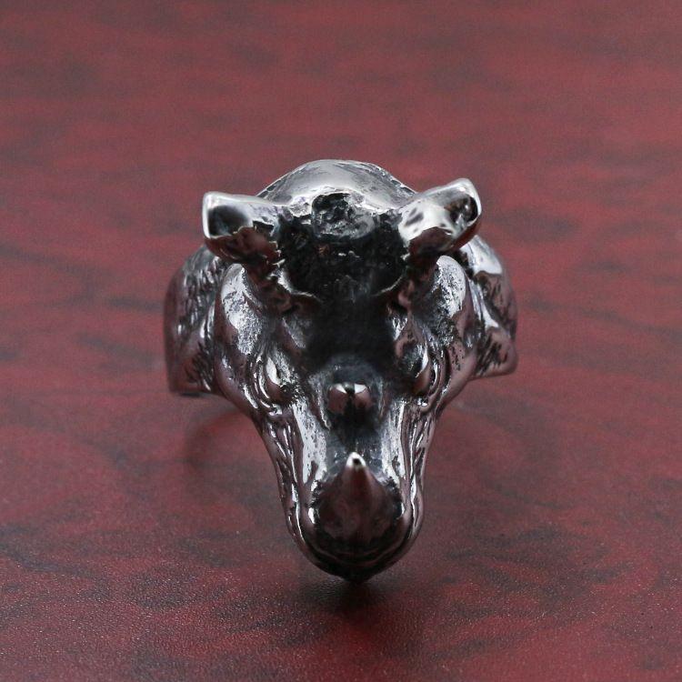 2020 neue europäische und amerikanische Schmucksache-Edelstahl-Ring-Tierkopf Mens Ring Zodiac Vieh Zubehör US-Größe