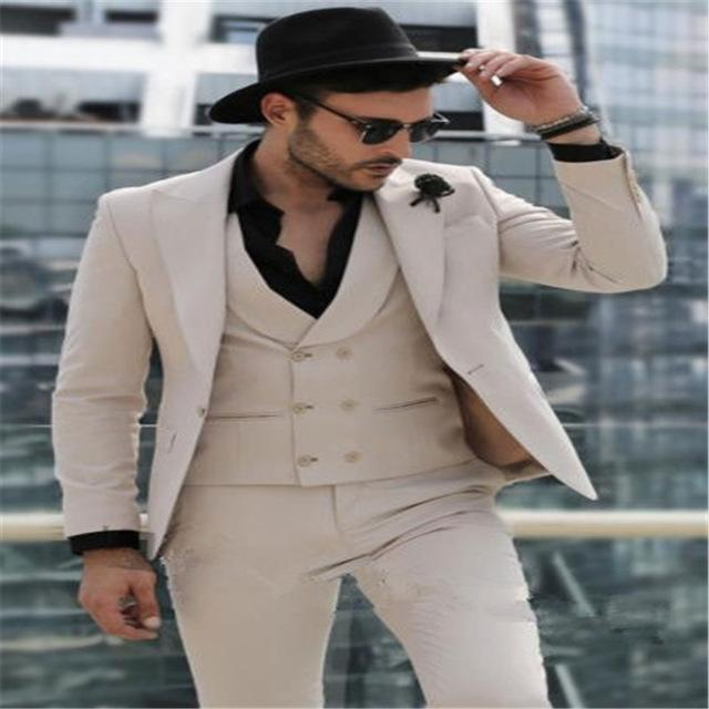 2020 Khaki Groom Tuxedos for Wedding Smoking Man Suit 3 Piece Mens Suits Set Jacket Pants Vest Male Costumes terno masculino