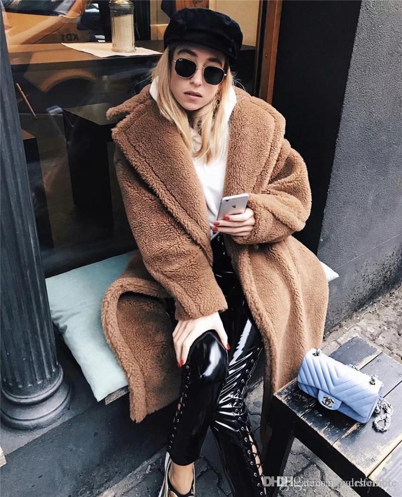 Frauen-Modedesigner neue europäische und amerikanische Wind lange Art Thick Revers Lamm Mantel-beiläufige Frauen-Kleid