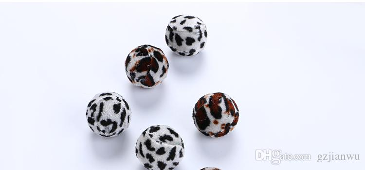 Suave 3.5 cm Bola Juguetes para gatos del juego interactivo de masticación Leopardo Rasguño Recoger Exrecisas Bolas de juguete Gato Mascota Gato Suministros
