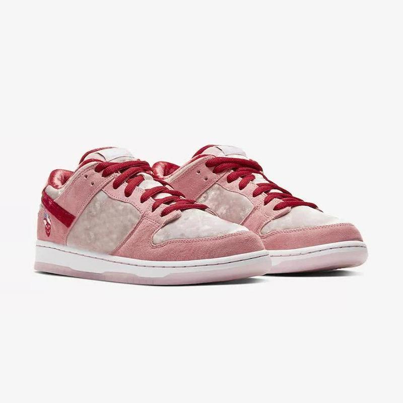 New StrangeLove x SB Dunk Low lightweight casual shoes luxury designer women's men's basketball sports running casual shoes