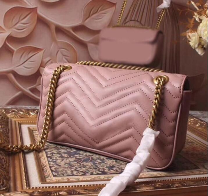 Bolso caliente Famoso de las señoras Diseño de la moda Pequeñas bolsas Envío Envío gratis Crossbody Cadena venta de mujeres Messenger Tamaño: 26 cm WICFN