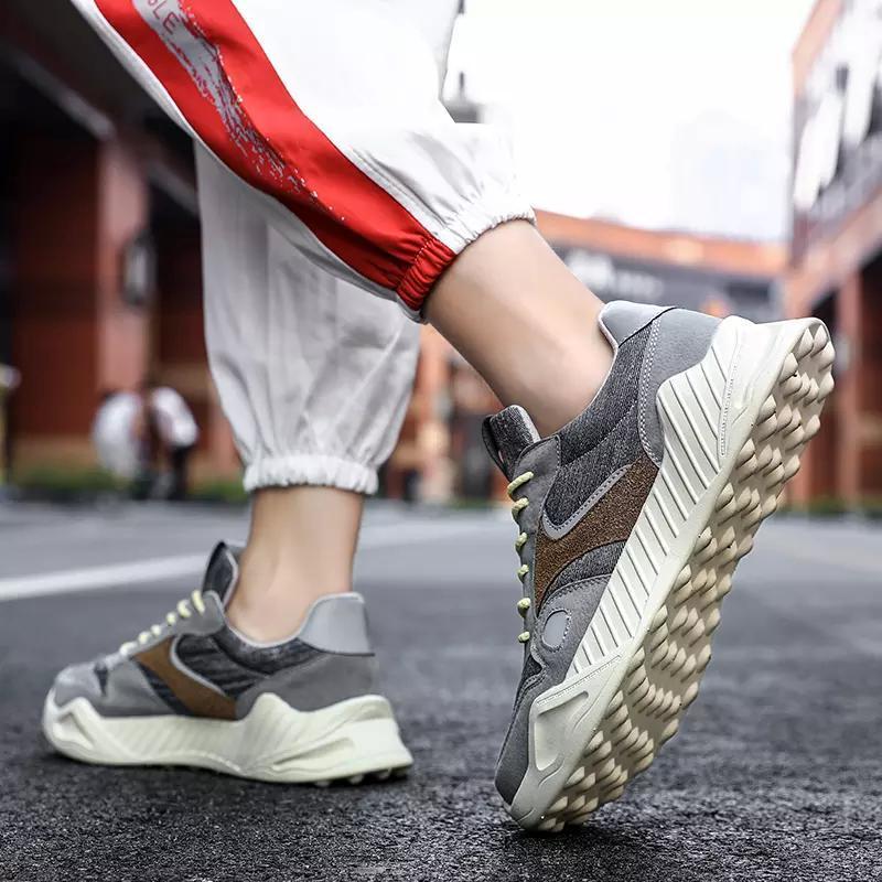 2020 zapatos de primavera y cómodo de personalidad festival de otoño populares zapatos de moda ocasionales de los hombres casuales de color amarillo marrón gris negro