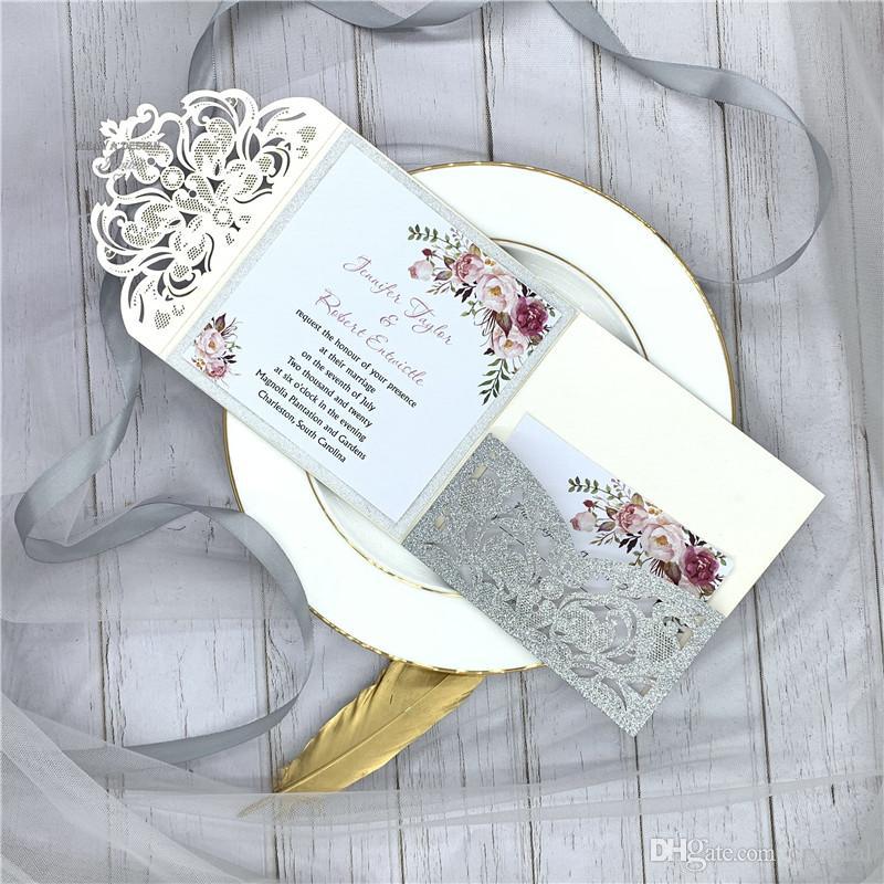 Lindo glitter prata tri-fold laser corte de bolso casamento convite com inserção personalizada, fornecer impressão gratuita e frete grátis