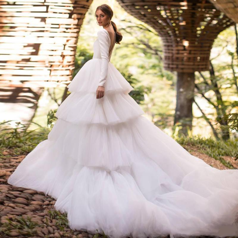 Layered Wedding Dress Deep V Neck Sheer Back Long Sleeve Tiered Tulle Skirt A Line Gorgeous Design Bridal Gowns with Long Trail