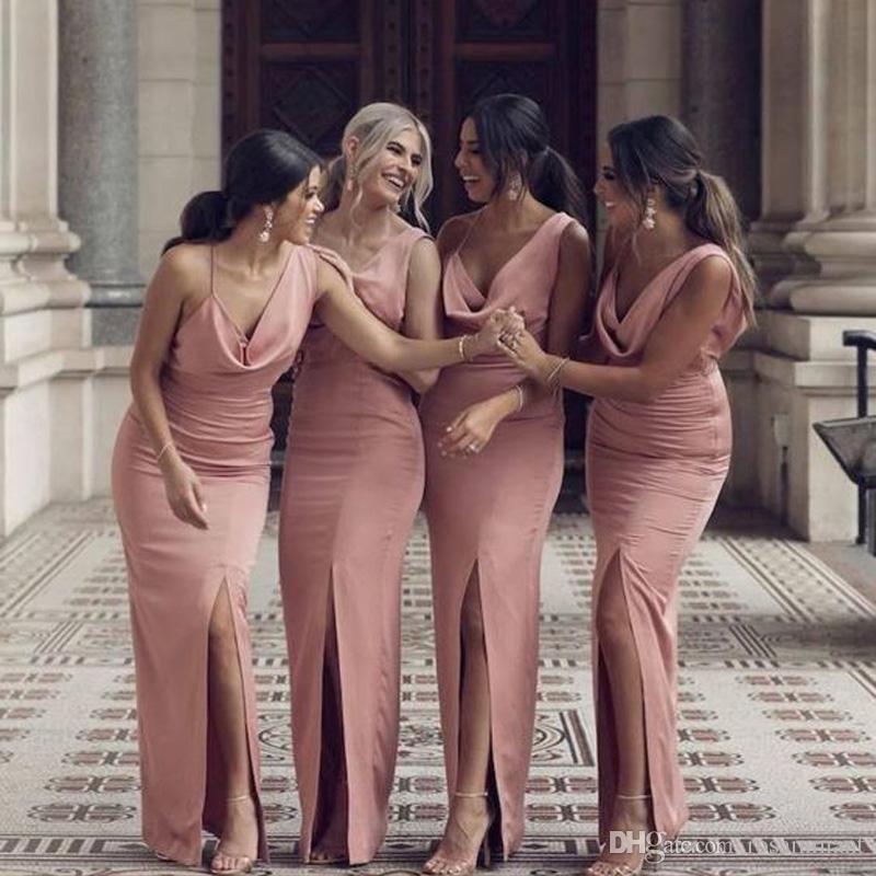 핑크 전면 분할 크리스 크로스 스트랩 돌아 가기 칼집 들러리 드레스 저렴한 프릴 민소매 롱 댄스 파티 이브닝 파티 드레스