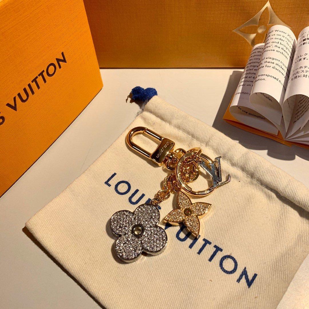 Monograma Flores joyería patrón de la moda Llavero caliente del collar de la calidad superior delicadeza tienen características de lujo