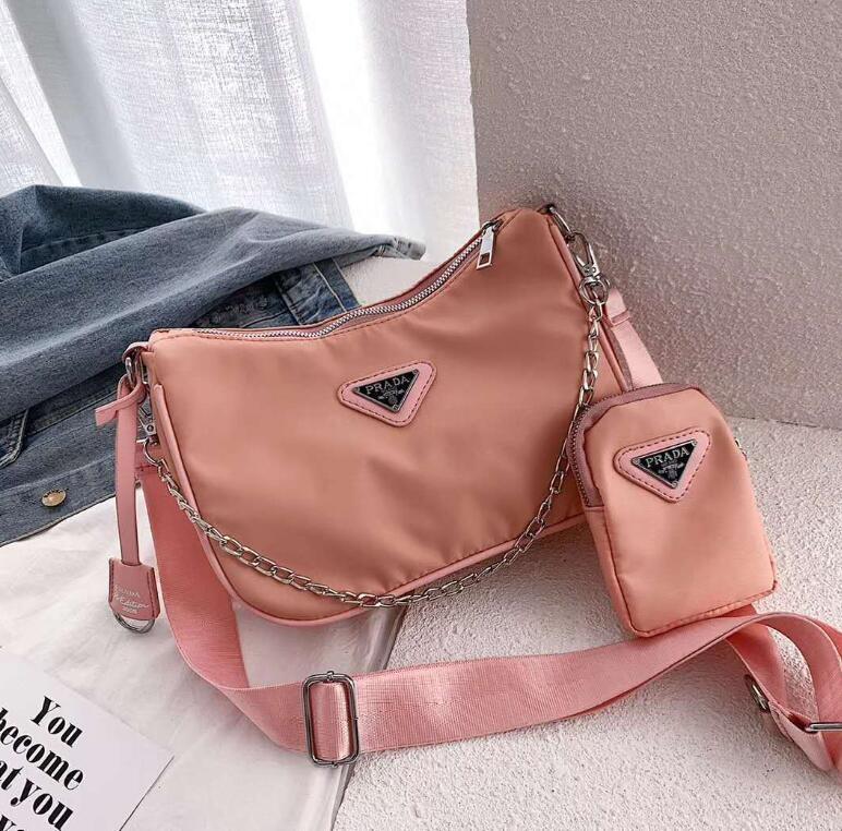 Mulheres Shoulder Bag Baguette Tote Bag Vintage 2020 Nova Tendência padrão de pedra bolsa de moda Marca Designer Luxo Quadrado pequeno # 595