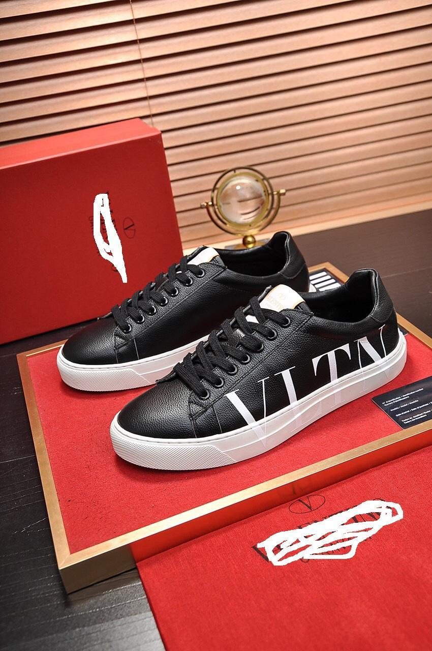 2020 neue Art und Weise Männer Frauen Designer-Schuhe weiß Lace Up echtes Leder offene Luxus-Freizeitschuhe Flache Sport Designer-Sneaker s5c2s43