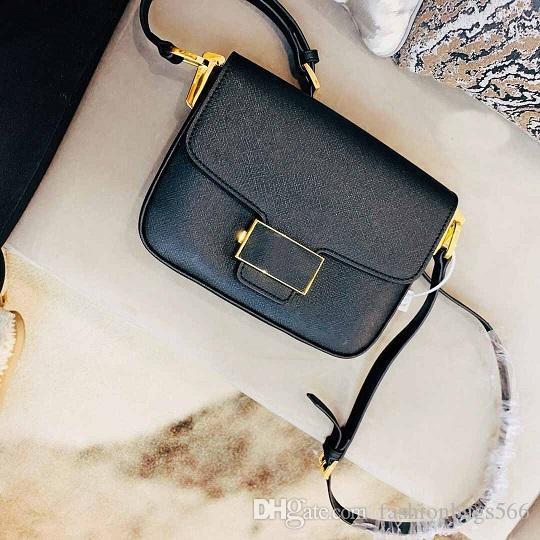 Moda sıcak lüks omuz çantaları kadın daire fabrika maliyet fiyatı lüks desginer omuz çantası yumuşak deri omuz çantaları Kargo Ücretsiz