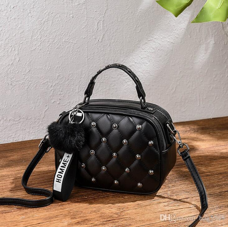 HBP New embroidered single shoulder portable diagonal women bag fashion casual ladies small square bag