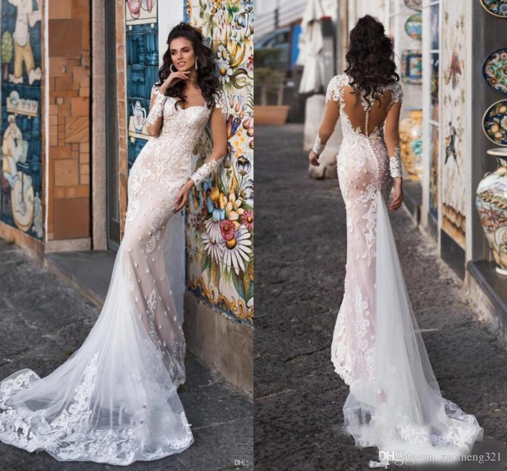 Splendida Champagne della sirena del manicotto lungo abiti da sposa 2020 Sheer bottone ricoperto Torna pizzo applique da giardino all'aperto abito da sposa