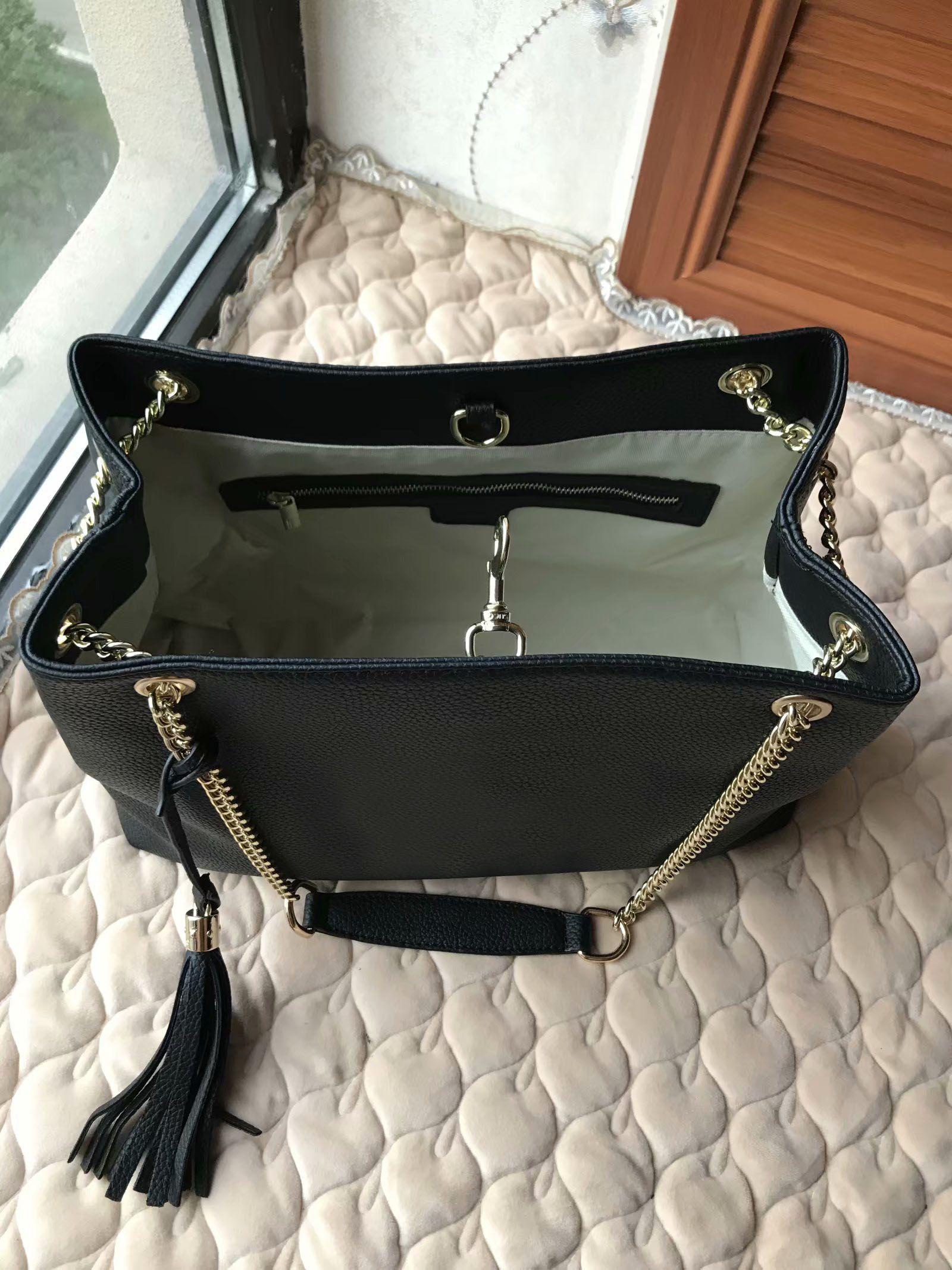 2020 Ünlü Siyah Kabartma deri Kadın Omuz çantası Püsküller Totes Kadınlar Çanta Lady Letter Messenger çanta Bayan siyah Akşam Çanta