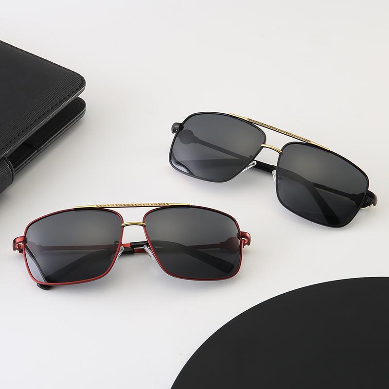 여성 패션 라운드 여름 한 스타일 블랙 골드 프레임 안경 최고 품질 UV 차단 렌즈 brandbmwDesigner 위해 선글라스 여성