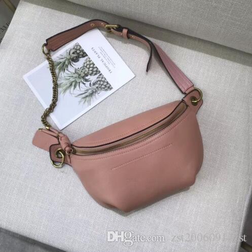saco Designer mensageiro vem em uma cor impressionante com duas alças para ajustar ao tamanho de uma mulher de 26 * 21 * 11CM