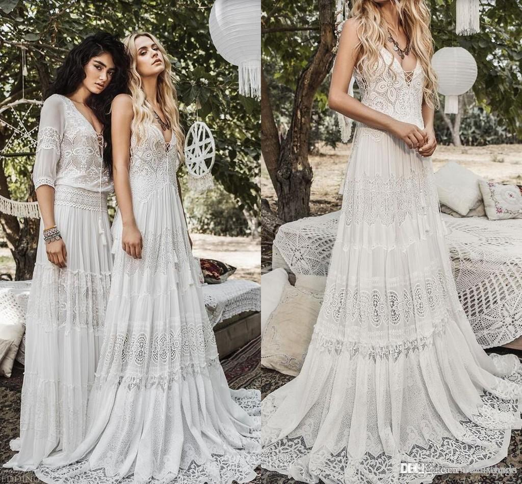 2020 Flowy Chiffon lace Beach Boho Wedding Dresses Modest Vintage Crochet Lace V-neck Summer Holiday Country Bridal Dress