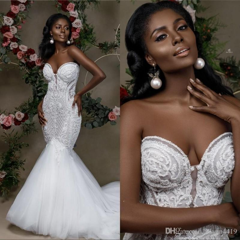 2020 New Sexy Fashion Mermaid Wedding Dresses Sweetheart Lace Appliques Sleeveless Tulle Sweep Train Open Back Plus Size Formal Bridal Gowns