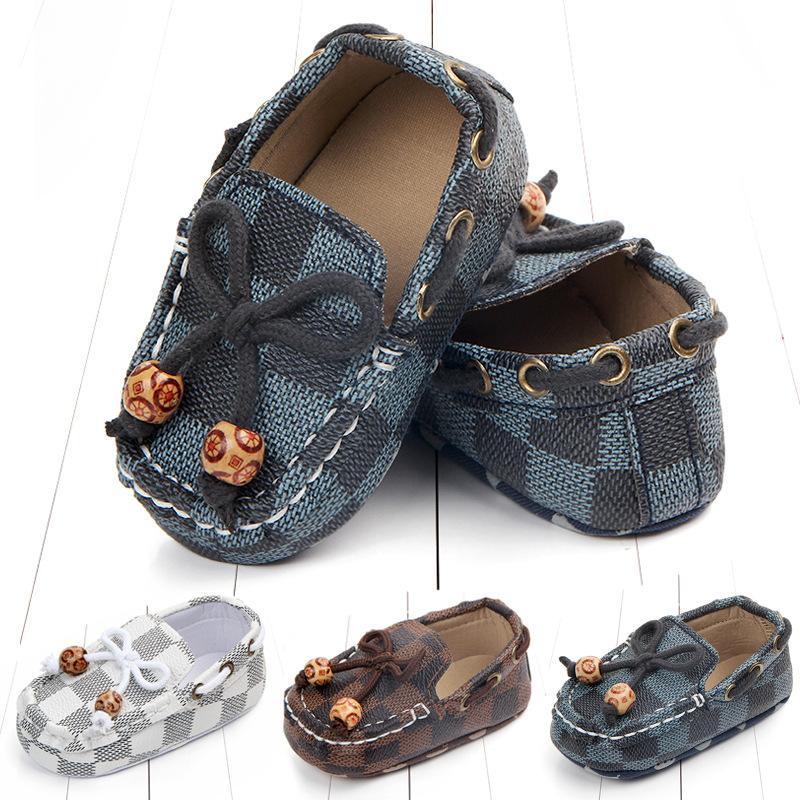 Детские новорожденных мальчиков Обувь для новорожденных малышей Кроссовки малышей коляски Шпаргалка обувь PU First ходунки Soft Sole Prewalker