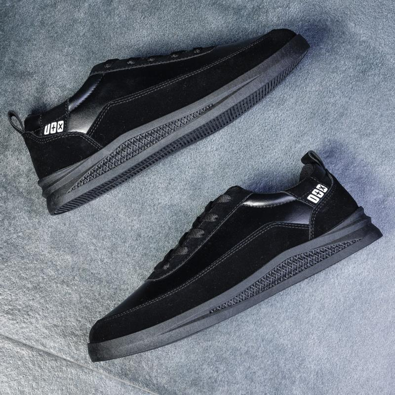 2020 barato zapatilla de deporte de los calzados informales de Deportes Mujeres Triple Negro barato caliente Trainer corredor exterior de lona de los zapatos ocasionales de los hombres de la zapatilla de deporte 40-44