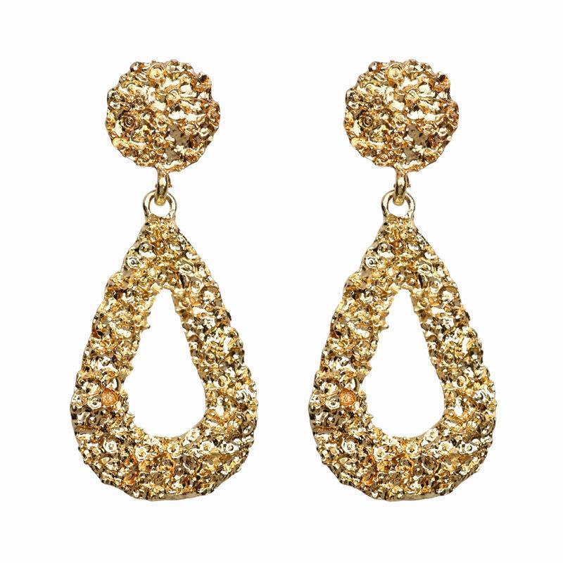 Di monili in rilievo orecchini per le donne a forma di cuore di nuovo modo di personalità esagerata orecchini metallici semplici geometriche all'ingrosso