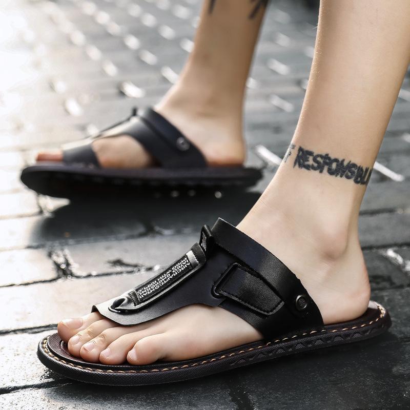 Novos Moda Praia Sandálias Fliops Homens Verão anti-derrapante sapatos Preto Brown Flat Masculino Verão Calçado A2399