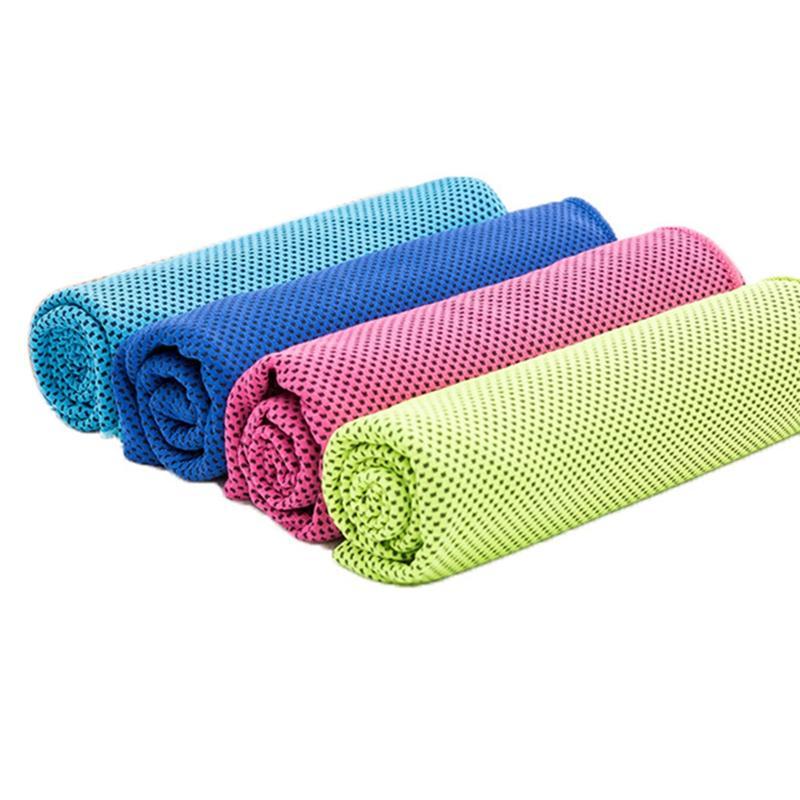 4PCS Handtuch Kühlung-Handtuch Set sofortige Linderung Ice Cold kühle Handtuch Breathable Ineinander greifen Sweat Absorbent für Fitness Gym Golf Yog