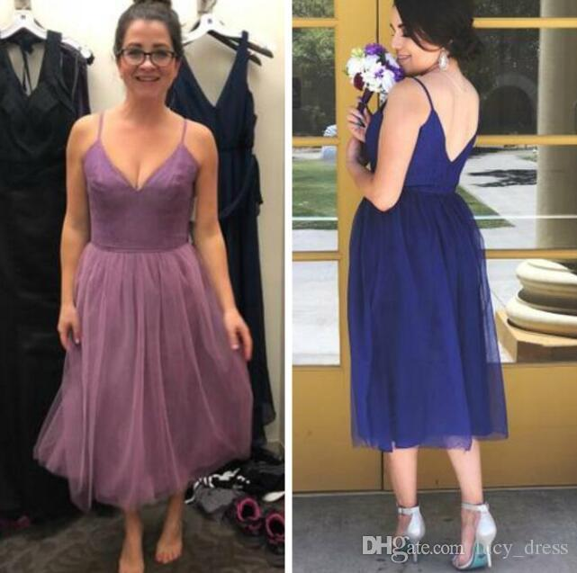 Deep V-neck Tulle Western Country Knee-length Bridesmaid Dress For Garden Beach Boho Weddings A Line Pleats Maid of Honor Gowns With Lace