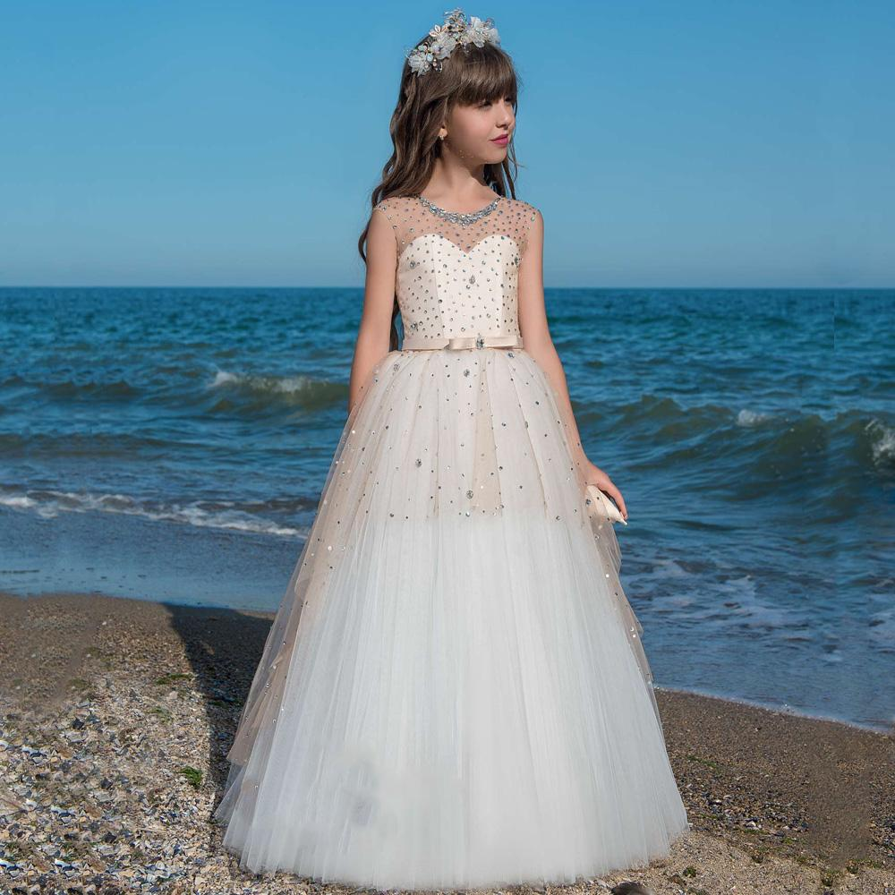 2020 Hot Flower Girl Dresses For Weddings A-line Cap Sleeves Tulle Beaded Crystals Long First Communion Dresses Little Girl