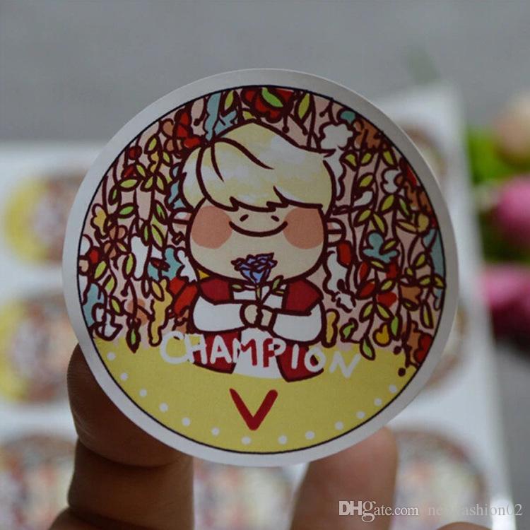 Custom round logo label sticker printing paper color label PVC adhesive label in matte