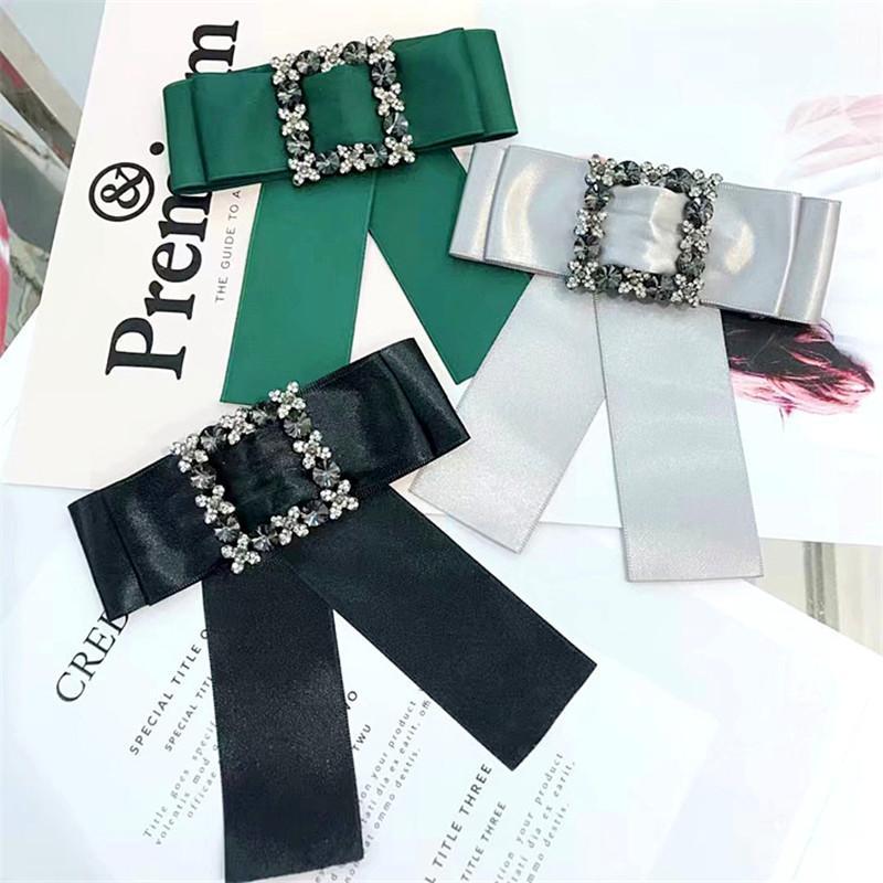 Neck Acessórios Bow Tie diamante de cristal laço Temperamento shirt Collar Festa da Flor presente pin broche feminino