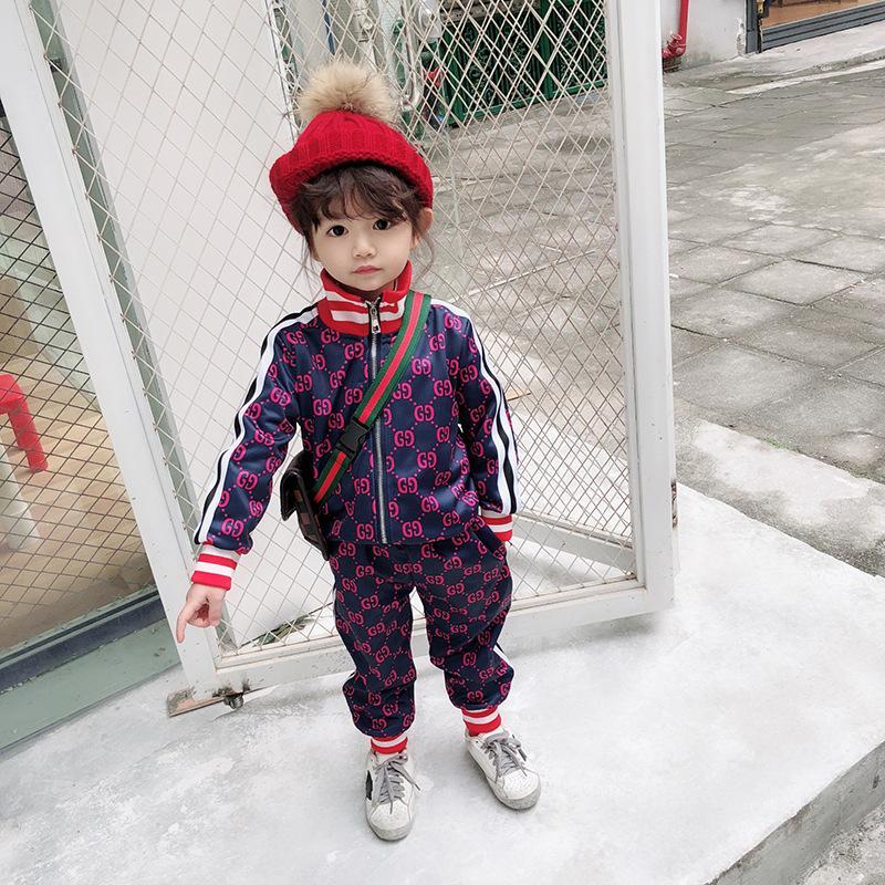 Conjuntos de Roupas de Grife crianças 2019 Fatos de Treino de Impressão de Luxo Carta Moda Jaquetas + Joggers Casual Sports Moletom Roupa Do Miúdo Atacado * 10