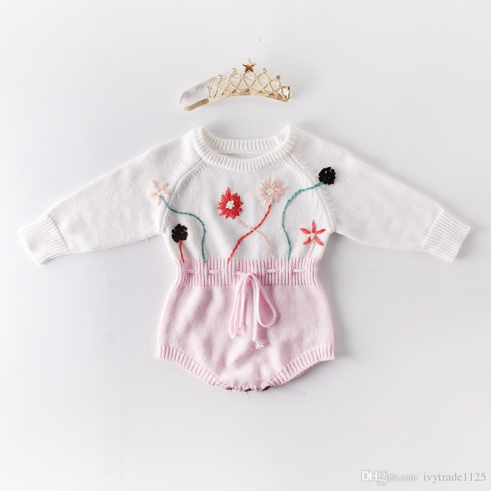 Baby Girl Ropa de diseño Mameluco de punto O-cuello de manga larga con flor estéreo Mameluco para niña 100% algodón Primavera Invierno Mameluco cálido
